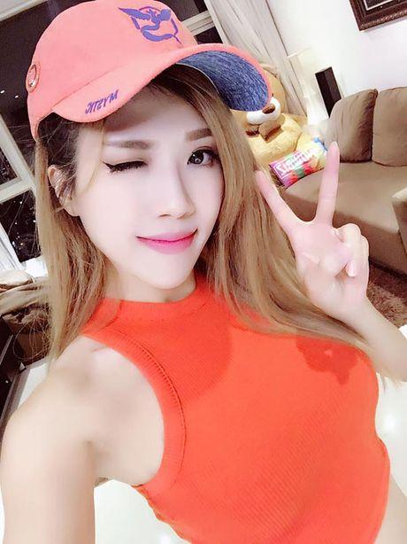 Eo thon hut mat cua hot girl 'Nhat ky Vang Anh' - Anh 5