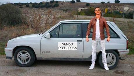 Anh che cuc hai Cristiano Ronaldo ben Lamborghini - Anh 3