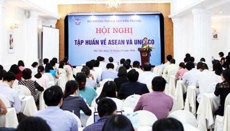 Hoi nghi tap huan ve ASEAN va UNESCO - Anh 1