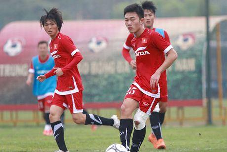 DIEM TIN TOI (28.10): Bao Thai Lan 'vui dap' U19 Viet Nam - Anh 2