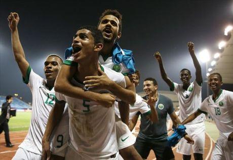 Clip U19 Saudi Arabia thang kich tinh U19 Iran gianh ve vao chung ket - Anh 1