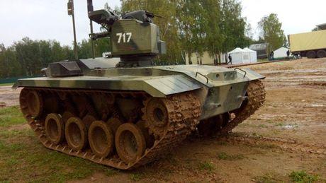 Phat hoang robot kamikaze cua Nga chuyen huy diet xe tang - Anh 4