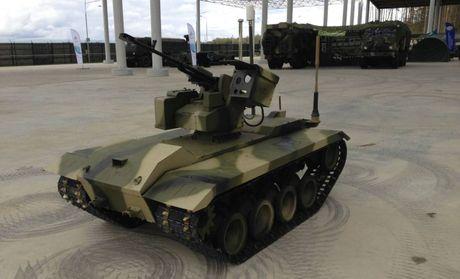 Phat hoang robot kamikaze cua Nga chuyen huy diet xe tang - Anh 9