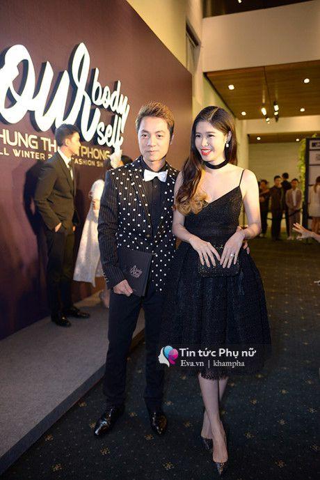 Angela Phuong Trinh mot minh mot kieu om cun cung di xem thoi trang - Anh 8