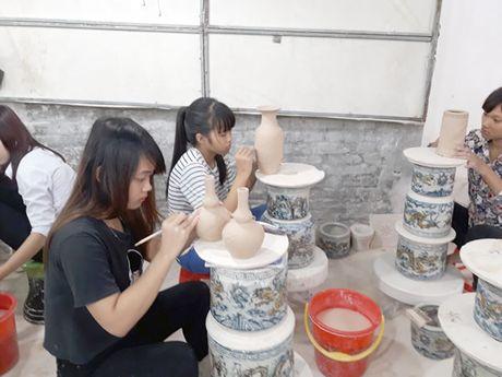 Nguoi Quang o lang gom Bat Trang - Anh 2