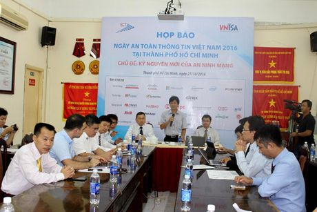 Hon 500 khach moi se tham du 'Ngay An toan thong tin Viet Nam 2016' - Anh 1