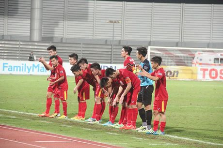 10 cau thu xuat sac doi U.19 Viet Nam duoc trieu tap doi U.22 quoc gia - Anh 1