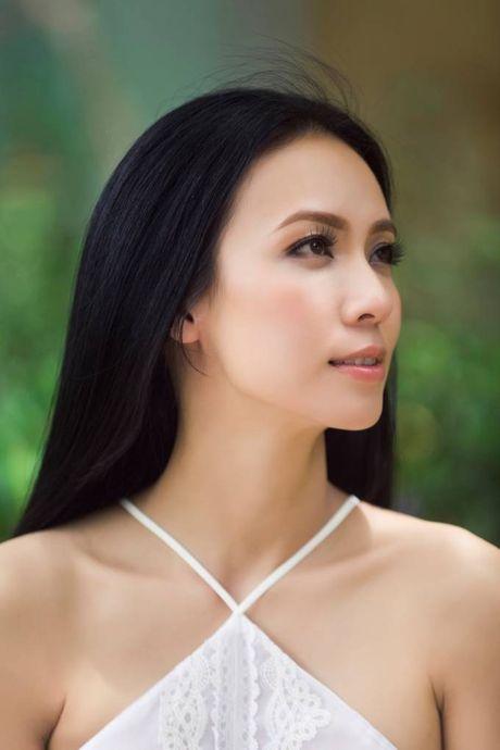 MC Huyen Ny: Dan than trong showbiz can su no luc va tinh tao - Anh 2