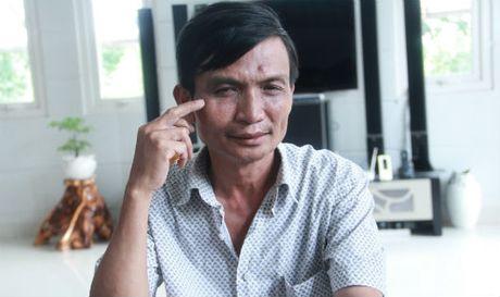 Het Bi thu xa au da, lai den Chu tich HDND lai 'gay song' giua gio lam viec - Anh 1