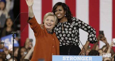 De nhat phu nhan Michelle Obama khang dinh ba Hillary thuc su la ban - Anh 1