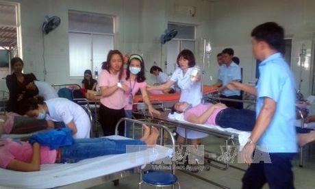 Lam ro vu nu cong nhan ngat xiu hang loat o Quang Nam - Anh 1