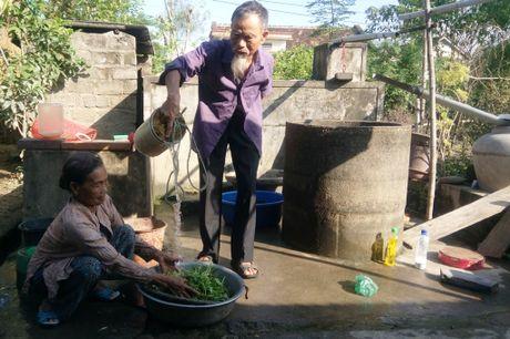 Quang Binh sau lu: Hang loat cong viec nang ne - Anh 1