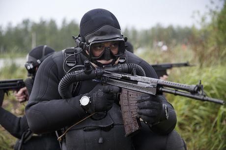 Dac nhiem Nga pho dien ki nang tac chien duoi nuoc o Kaliningrad - Anh 1