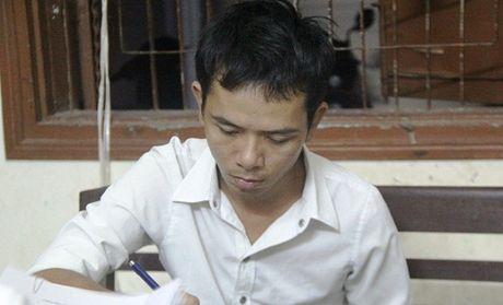 Chan dung doi tuong doa lam no nha, giet chu quan karaoke o Da Nang - Anh 1