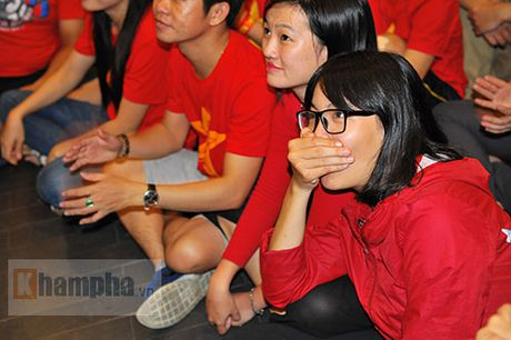 Fan nhieu cam xuc khi co vu U19 Viet Nam dau U19 Nhat Ban - Anh 3