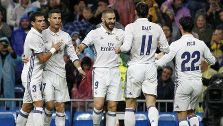 Ronaldo - Bale - Benzema te, Real van ghi ban son son - Anh 1