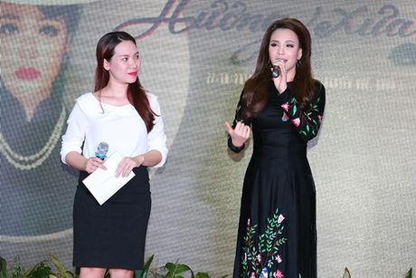 Ho Quynh Huong ra mat album bolero 'Huong xua' - Anh 1