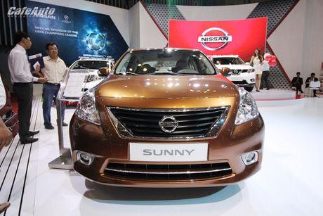 Nissan Sunny phien ban nang cap ra mat, gia ban khong doi - Anh 1