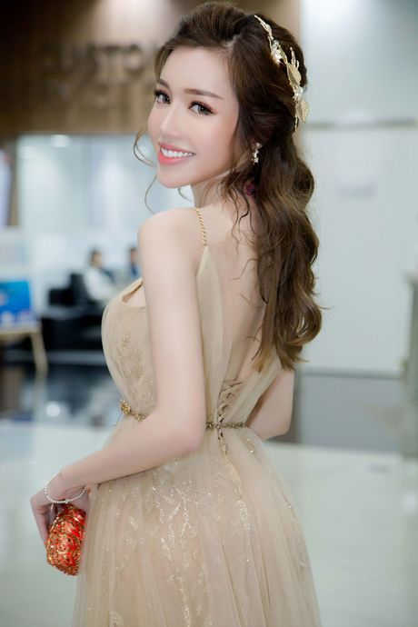 Do co the 'ti le vang' cua Elly Tran - Anh 10