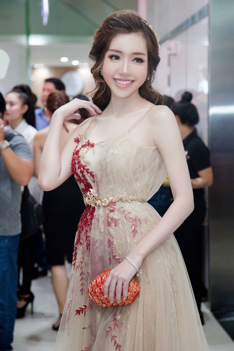 Do co the 'ti le vang' cua Elly Tran - Anh 3