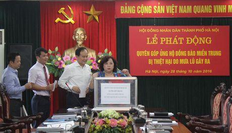 Trao quyet dinh bo nhiem Pho Chanh Van phong HDND TP cho ong Tran Hop Dung - Anh 2
