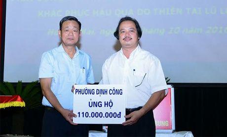 Hoang Mai ung ho dong bao mien Trung 700 trieu dong - Anh 1