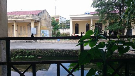 Phu huynh 'roi ruot' vi truong hoc nam sat co so dieu tri cho nguoi nghien - Anh 1