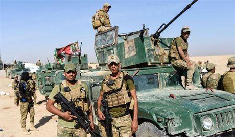 Gan 900 phien quan IS bi tieu diet o Mosul - Anh 1