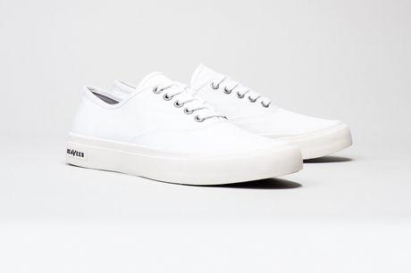 Sneaker trang - item gay nghien khong bao gio loi mot - Anh 7