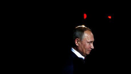 Tong thong Putin tiec re vi My khong tin tinh bao Nga - Anh 1