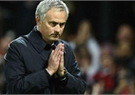 An mung the, Conte bi Mourinho 'chui' la dang! - Anh 2