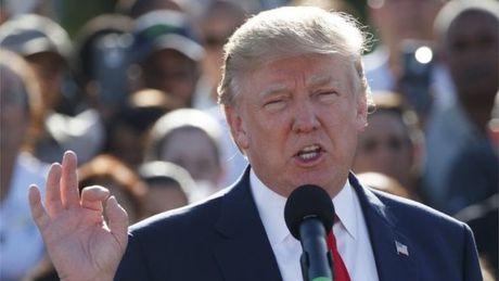 Donald Trump: 93% cau chuyen truyen thong dua ve toi deu tieu cuc - Anh 1