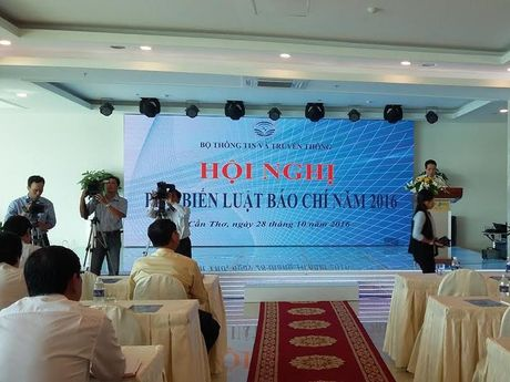 Hoi nghi pho bien Luat Bao chi 2016 khu vuc cac tinh phia Nam - Anh 1