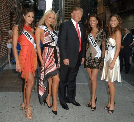 Cuu hoa hau Phan Lan 'to' ty phu Trump quay roi tinh duc - Anh 1