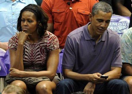 Co gi trong chiec Iphone 'cui bap' cua Tong thong My Barack Obama? - Anh 2