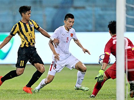 U19 Viet Nam va van dam bong da tre - Anh 2