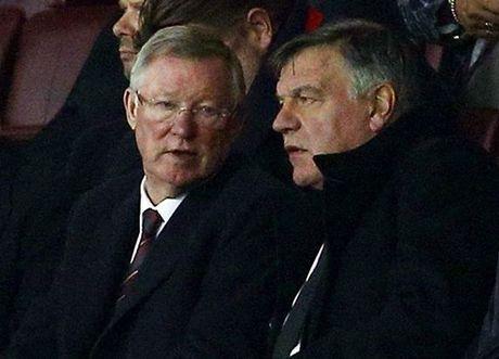 Juergen Klopp HANH PHUC vi duoc Sir Alex Ferguson khen - Anh 1
