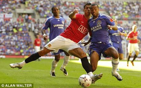The thao 24h: Ronaldo so doi dau voi cuu hau ve Chelsea - Anh 1