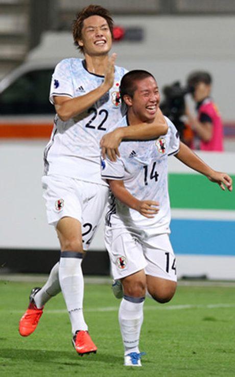 Toan canh tran thua cua U19 Viet Nam truoc U19 Nhat Ban - Anh 8
