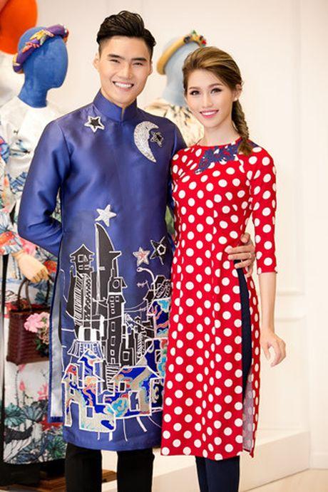 Chi Pu va A hau Thuy Dung diu dang trong ta ao dai - Anh 10