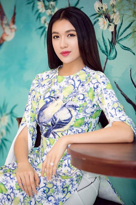 Chi Pu va A hau Thuy Dung diu dang trong ta ao dai - Anh 8
