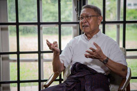 Tong thong U Htin Kyaw va chiec may tinh dau tien cua Myanmar - Anh 3