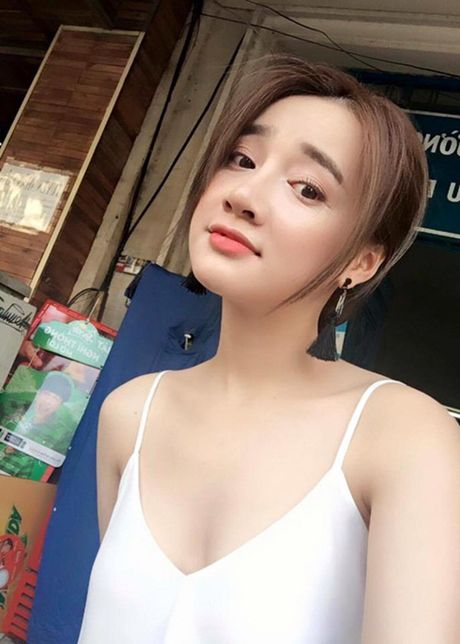 Nha Phuong lot xac tu 'gai que' den my nhan khoe nguc 'ho bao'. - Anh 11
