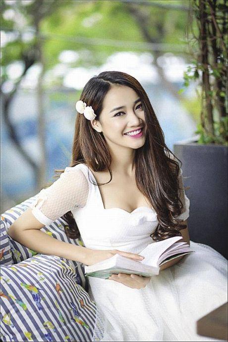 Nha Phuong lot xac tu 'gai que' den my nhan khoe nguc 'ho bao'. - Anh 7