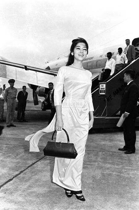 Ngam anh dep Phu nhan Pho Tong thong Nguyen Cao Ky va Tham Thuy Hang - Anh 13