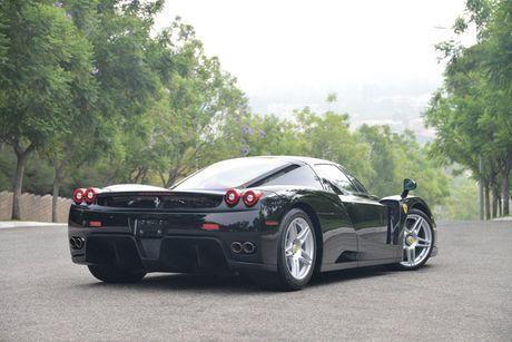 Ngam Ferrari Enzo den bong gia 75,9 ty dong - Anh 9