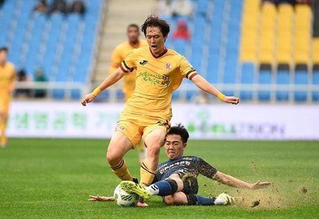 Xuan Truong da chinh tran thu hai lien tiep o K-League - Anh 1