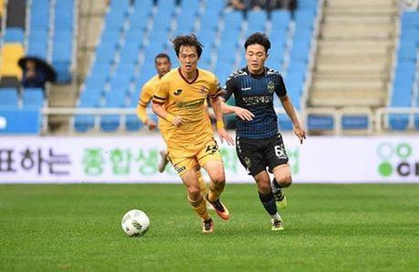 Xuan Truong ghi dau an, Incheon United ha Pohang Steelers - Anh 1