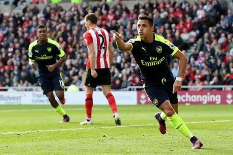 5 diem nhan Sunderland 1-4 Arsenal: UCV vo dich la day! - Anh 1