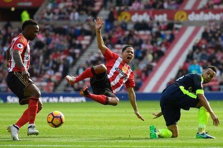 5 diem nhan Sunderland 1-4 Arsenal: UCV vo dich la day! - Anh 3